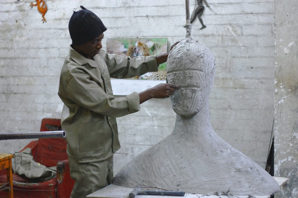 Sculpting Easily: Art